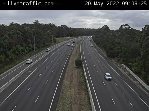 M1 Pacific Motorway (Sparks Road) - M1 Pacific Motorway at Sparks Road looking north towards Newcastle. - N - REG_NORTH - Australia