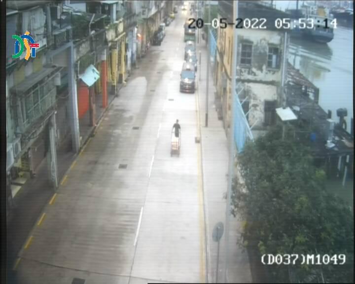 Intersection between Avenida de Demétrio Cinatti and Travessa da Escama (leading to Rua das Lorchas) - Macau