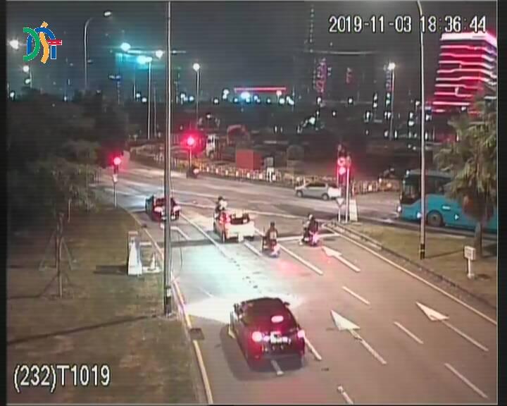 Rua dos Jogos da Ásia Oriental, leading to Avenida dos Jogos da Ásia Oriental - Macau