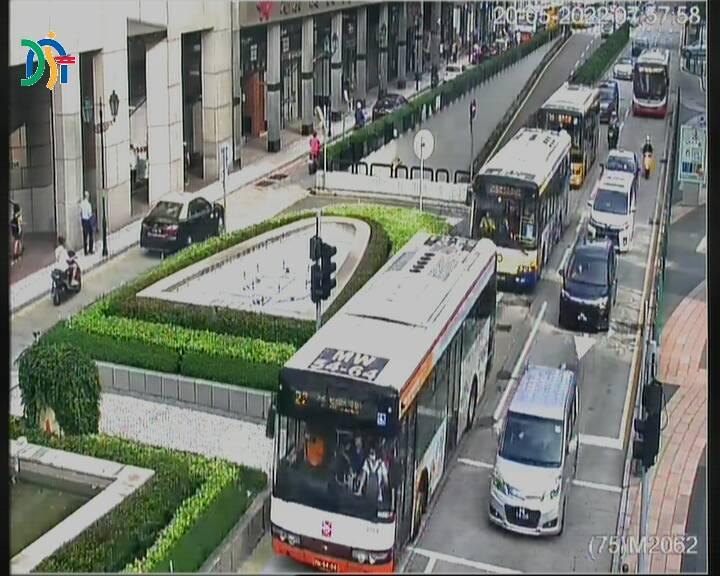 Intersection between Avenida do Infante D. Henrique and Avenida de Lisboa - Macau
