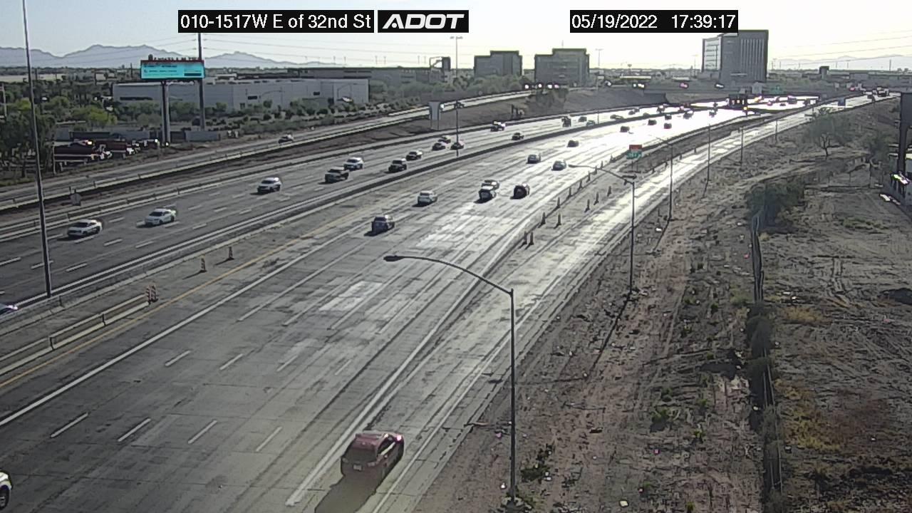 E of 32nd St WB (I10) (028) - Phoenix and Arizona