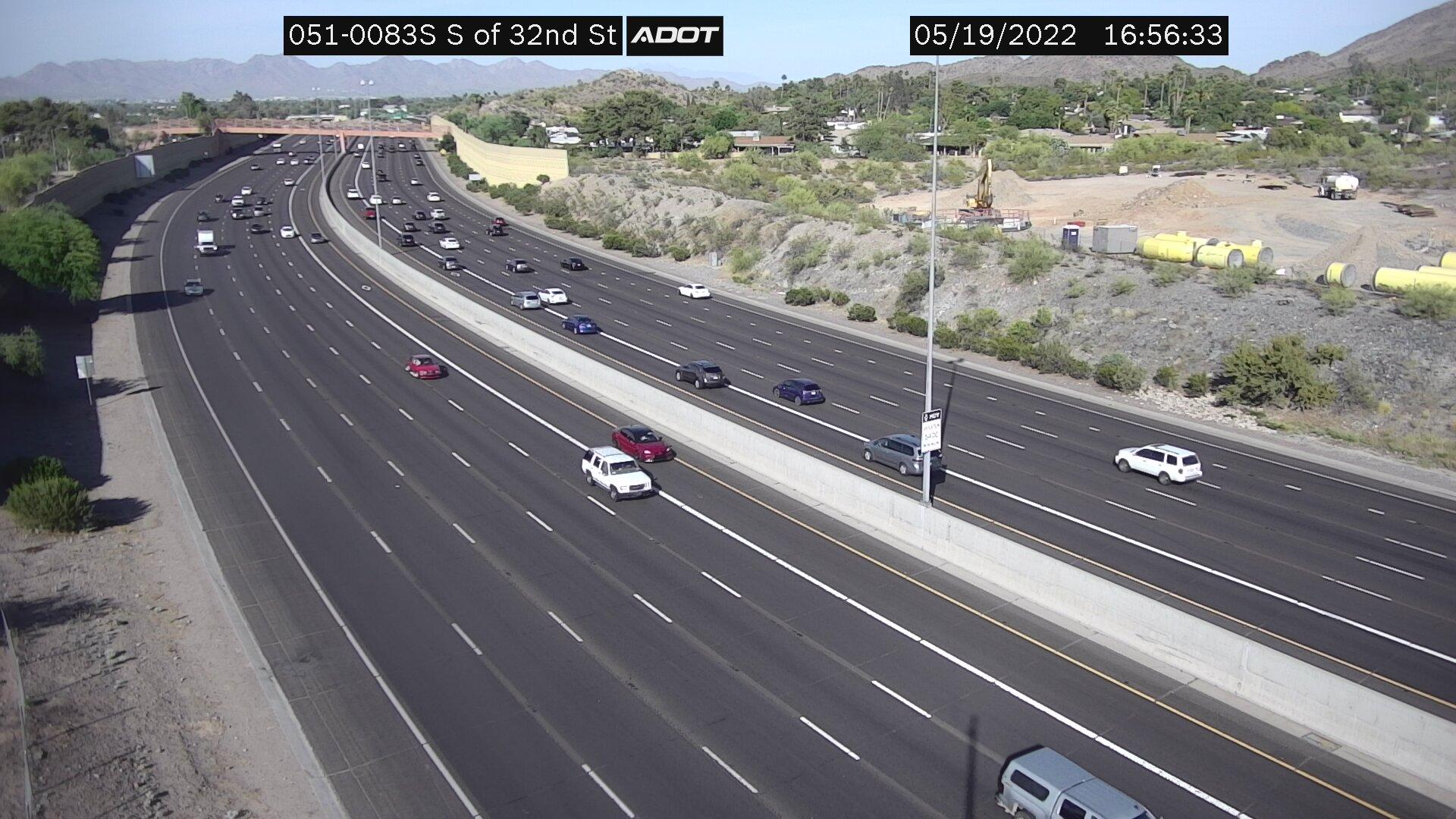 S of 32nd St SB (SR51) (084) - Phoenix and Arizona