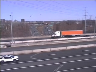 CAM 116 East Hartford RT 2 EB W/O Exit 5 - Rt. 5 & 15 (Traffic closest to the camera is traveling EAST) - USA