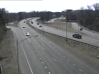 CAM 118 East Hartford RT 2 WB E/O Exit 4 - Rt. 5 & 15 (Traffic closest to the camera is traveling WEST) - USA