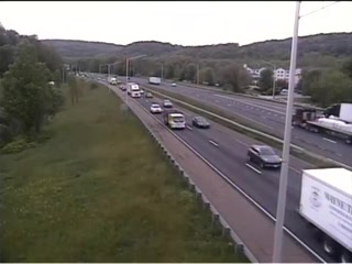 CAM 151 Danbury I-84 EB Exit 2 - Milestone Rd (Traffic closest to the camera is traveling EAST) - Connecticut