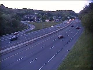 CAM 149 Danbury I-84 EB Exit 5 - Starr Ave. (Traffic closest to the camera is traveling EAST) - USA