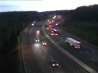 CAM 132 Cheshire I-84 EB E/O Exit 26 - East of Waterbury Rd. (Traffic closest to the camera is traveling EAST) - USA