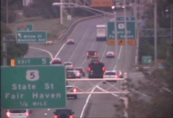 CAM 129 New Haven I-91 SB Exit 3 - Trumbull St  (Traffic closest to