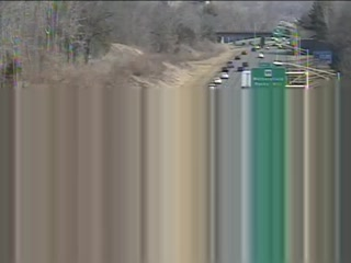 CAM 100 Rocky Hill I-91 NB S/O Exit 24 - Gilbert Ave. (Traffic closest to the camera is traveling NORTH) - USA
