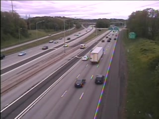 CAM 74 Windsor I-91 SB N/O Exit 35B - N/O Rt. 218 (Putnam Hwy.) (Traffic closest to the camera is traveling SOUTH) - Connecticut