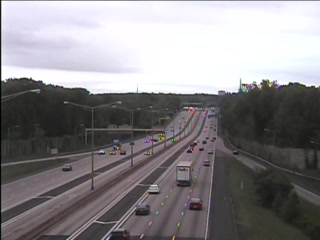 CAM 73 Windsor I-91 SB Exit 36 - Rt. 178 (Park St.) (Traffic closest to the camera is traveling SOUTH) - USA
