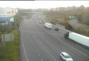 CAM 28 Norwalk I-95 NB Exit 15 - US 7 (Traffic closest to the camera is traveling NORTH) - Connecticut