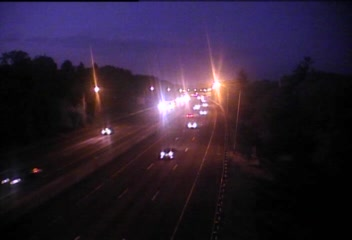 CAM 37 Westport I-95 NB S/O Exit 19 - At Maple Ln. (Traffic closest to the camera is traveling NORTH) - USA