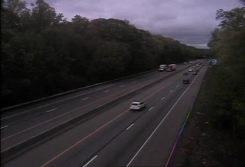 CAM 151 Madison I-95 NB S/O Exit 62 - S/O Horse Pond Rd. (Traffic closest to the camera is traveling NORTH) - USA