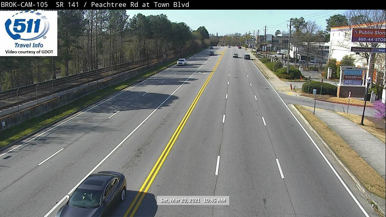 SR 141 / Peachtree Rd : Town Blvd (N) (8966) - Atlanta and Georgia