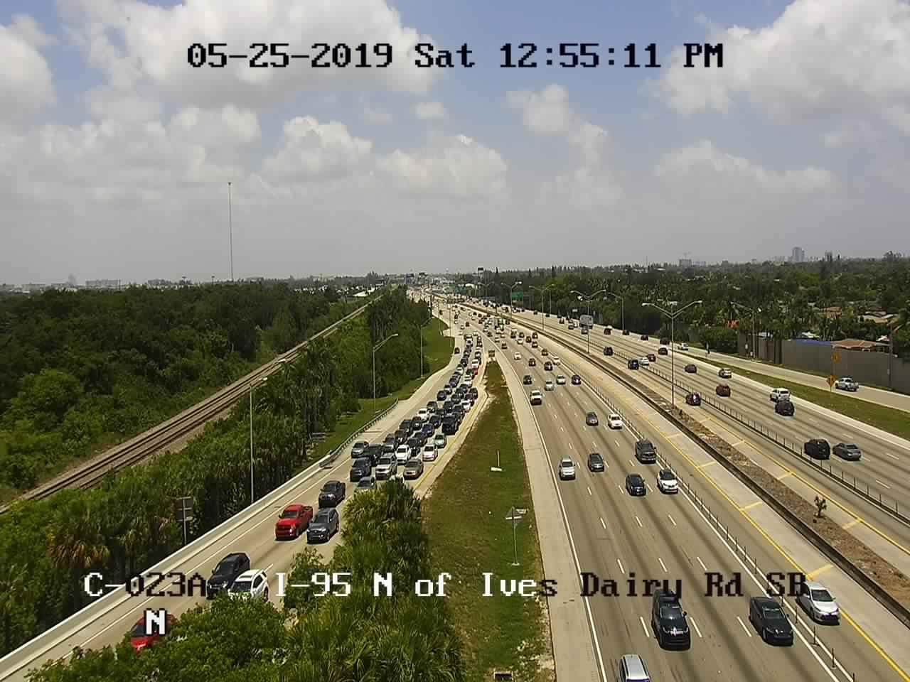 I-95 north of Ives Dairy Rd SB - Southbound - 985 - Florida