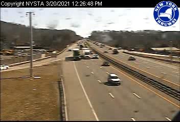 I-87 at Interchange 12 (West Nyack) (1ml01900n) - USA
