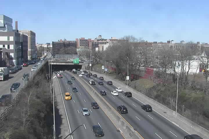 NB_at_Marmion Ave-Ex03 (1059) - New York City