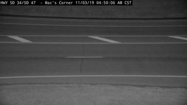 Macs Corner - SD-34 & SD-47 - road surface view - South Dakota